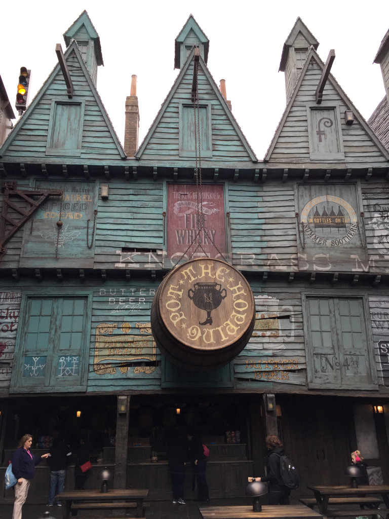 The Wandering Weekenders- Our Visit To Diagon Alley At Universal Studios