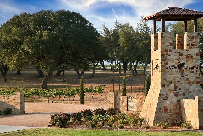 The Wandering Weekenders- A Mini Guide To Fredericksburg Wineries